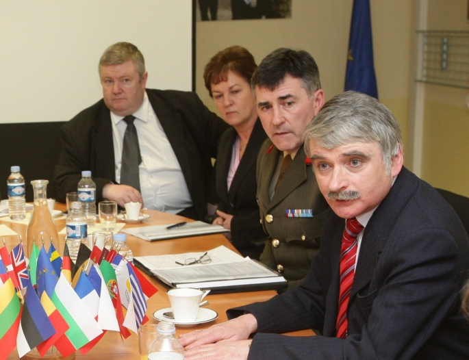At EUFOR Chad briefing (Paris) with Defence Minister & Former CoS Dermot Earley (RIP)
