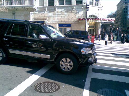 Mitt Romney heading to White house